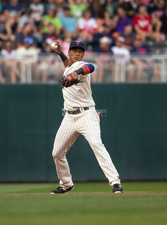 MINNEAPOLIS, MN- JUNE 10: Jorge Polanco #11 of the Minnesota Twins throws against the Kansas City Royals on June 10, 2015 at Target Field in Minneapolis, Minnesota. The Royals defeated the Twins 7-2. (Photo by Brace Hemmelgarn) *** Local Caption *** Jorge Polanco