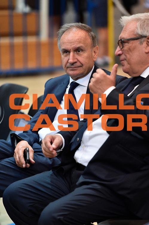 DESCRIZIONE : Trento Nazionale Italia Uomini Trentino Basket Cup Italia Austria Italy Austria <br /> GIOCATORE : Gianni Petrucci<br /> CATEGORIA : Before <br /> SQUADRA : Italia Italy<br /> EVENTO : Trentino Basket Cup<br /> GARA : Italia Austria Italy Austria<br /> DATA : 31/07/2015<br /> SPORT : Pallacanestro<br /> AUTORE : Agenzia Ciamillo-Castoria/GiulioCiamillo<br /> Galleria : FIP Nazionali 2015<br /> Fotonotizia : Trento Nazionale Italia Uomini Trentino Basket Cup Italia Austria Italy Austria