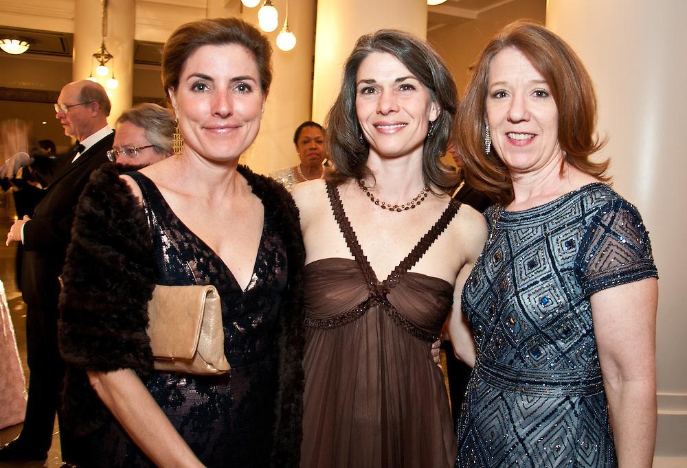 Katie Crumbo, Joanne Sowell, Laura Currie