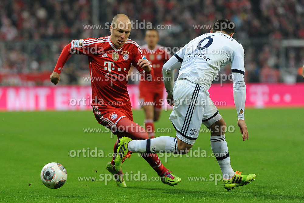 01.03.2014, Allianz Arena, Muenchen, GER, 1. FBL, FC Bayern Muenchen vs Schalke 04, 23. Runde, im Bild vl Arjen Robben (FC Bayern Muenchen) gegen Sead Kolasinac (Schalke 04) // during the German Bundesliga 23th round match between FC Bayern Munich and Schalke 04 at the Allianz Arena in Muenchen, Germany on 2014/03/01. EXPA Pictures &copy; 2014, PhotoCredit: EXPA/ Eibner-Pressefoto/ Stuetzle<br /> <br /> *****ATTENTION - OUT of GER*****