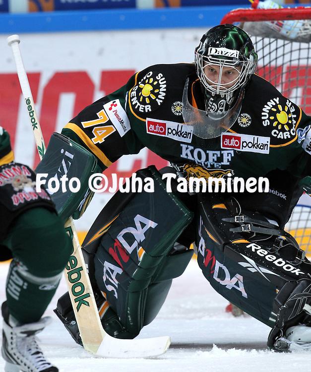 14.01.2011, Hakamets?n j??halli, Tampere..J??kiekon SM-liiga 2010-11. .Ilves - Jokerit..Sami Aittokallio - Ilves.©Juha Tamminen.