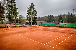 12-04-2018 NED: Tennisclub Shot, Zeist<br /> Op de schitterende banen van Zeister Tennisclub &ldquo;SHOT&rdquo; tennissen ruim 900 leden