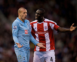 STOKE, ENGLAND - Sunday, October 19, 2008: Tottenham Hotspur's Alan Hutton and Stoke City's Seyi Olofinjana during the Premiership match at the Britannia Stadium. (Photo by David Rawcliffe/Propaganda)