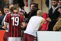 26.11.2017 - Milano - Serie A 14a giornata   -  Milan-Torino  nella  foto: Andrea Belotti consegna la sua maglia al figlio di Bonucci a fine partita
