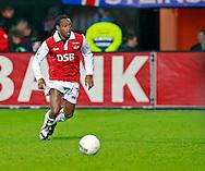 24-11-2007: Voetbal:AZ-WILLEM II: ALKMAAR<br /> Kiki Musampa debuteerde vanavond slechts enkele minuten voor het eind van de wedstrjid<br /> Foto: Geert van Erven