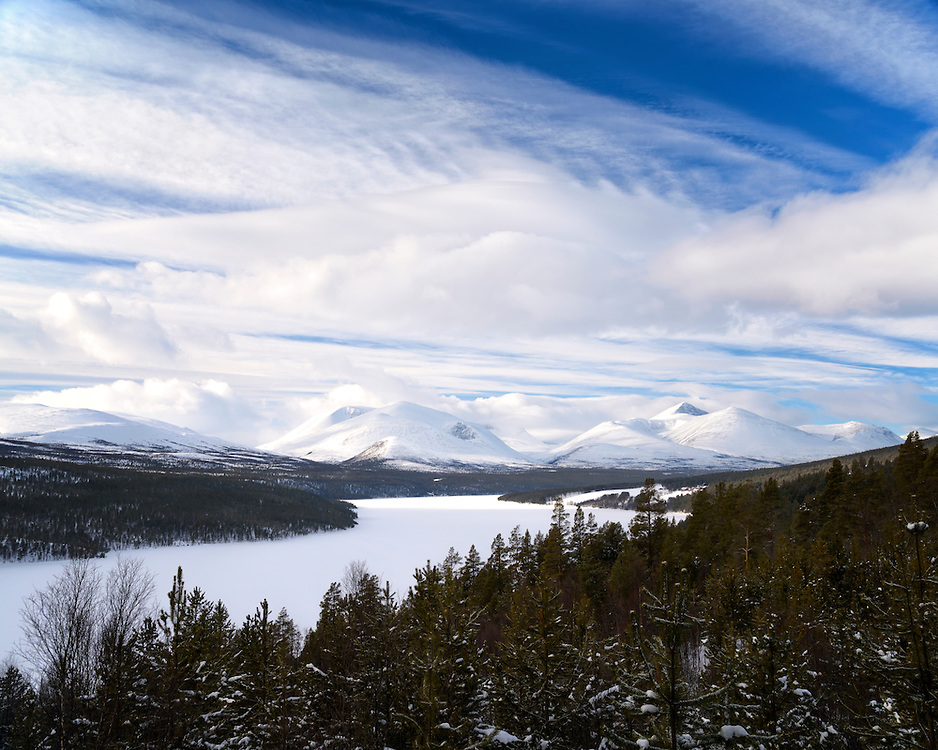 The view from Sohlbergplass with Rondane national park in the background.