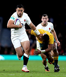 Ben Te'o of England runs with the ball - Mandatory by-line: Robbie Stephenson/JMP - 03/12/2016 - RUGBY - Twickenham - London, England - England v Australia - Old Mutual Wealth Series