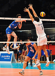 18.09.2011, Stadthalle, Wien, AUT, CEV, Europaeische Volleyball Meisterschaft 2011, Finale, Italien vs Serbien, im Bild Nikola Rosic, (SRB, #19, Libero 1) gegen Luigi Mastrangelo, (ITA, #1, Middle-Blocker) // during the european Volleyball Championship Final Italy vs Serbia, at Stadthalle, Vienna, 2011-09-18, EXPA Pictures © 2011, PhotoCredit: EXPA/ M. Gruber