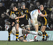 Wycombe, Great Britain, Wasps Tom VOYCE, attacking run is tackled by Falcons Geoff PARLING, during the Guinness Premiership Game London Wasps vs Newcastle Falcon at Adams Park, England, on Sunday 17/11/2007   [Mandatory Credit. Peter Spurrier/Intersport Images]