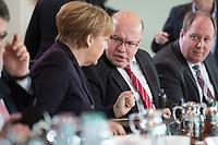 17 FEB 2016, BERLIN/GERMANY:<br /> Angela Merkel (L), CDU, Bundeskanzlerin, und Peter Altmaier (R), CDU, Kanzleramtsminister, im Gespraech, vor Beginn der Kabinettsitzung, Bundeskanzleramt<br /> IMAGE: 20160217-01-015<br /> KEYWORDS: Kabinett, Sitzung, Gespr&auml;ch