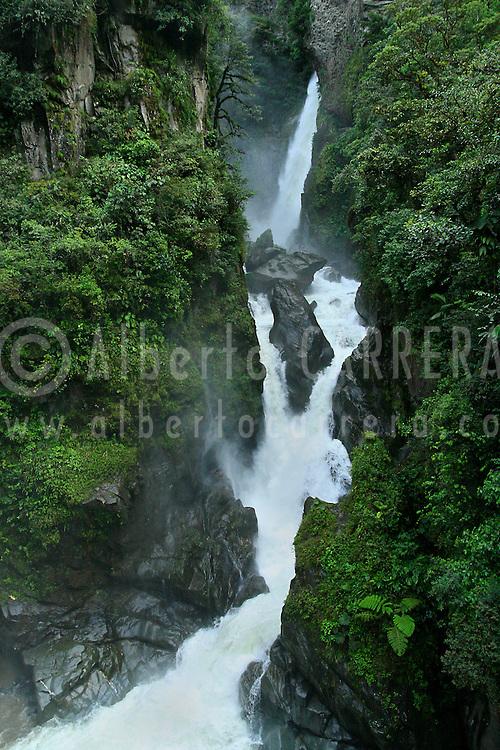 Alberto Carrera, Waterfalls, Pailón del Diablo, Baños-Puyo, Amazonia, Ecuador, South America, America