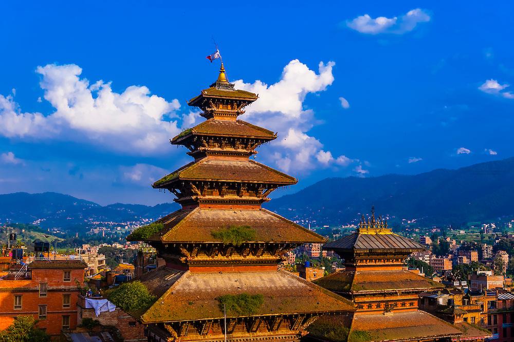 Nyatapola Pagoda and Bhairav Temple in Taumadhi Square, Bhaktapur ...