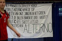 22-03-2014 NED: Nederlands Open Jeugd Kampioenschap, Wijchen en Nieuwegein<br /> In sporthal Arcus te Wijchen werd NOJK voor de CMV jeugd en in Merwestein te Nieuwegein jongens en meisjes C jeugd gehouden / Spandoek support