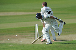 Horton attempts to run out Michael Klinger of Gloucestershire - Photo mandatory by-line: Dougie Allward/JMP - Mobile: 07966 386802 - 07/06/2015 - SPORT - Football - Bristol - County Ground - Gloucestershire Cricket v Lancashire Cricket - LV= County Championship