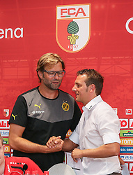 10.08.2013, SGL Arena, Augsburg, GER, 1. FBL, FC Augsburg vs Borussia Dortmund, 1. Runde, im Bild Haendedruck, Verabschiedung der Trainer Juergen Klopp (Trainer Bor. Dortmund) und Markus Weinzierl (Trainer FC Augsburg, re.), FCA-Logo, Hochformat, hoch, vertikal // during the German Bundesliga 1st round match between FC Augsburg and Borussia Dortmund at the SGL Arena, Augsburg, Germany on 2013/08/10. EXPA Pictures © 2013, PhotoCredit: EXPA/ Eibner/ Klaus Rainer Krieger<br /> <br /> ***** ATTENTION - OUT OF GER *****