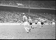 17.03.1971.Interprovincial Hurling Railway Cup. Munster v Leinster - Final.   Railway Cup Hurling Final. Munster v Leinster. Croke Park, Dublin. 17th March 1971. 17.03.1971.