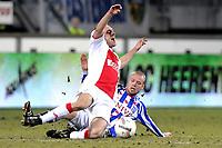voetbal sc heerenveen - ajax eredivisie seizoen 2009-2010 13-02-2010 christian grindheim vloert dennis rommedahl en krijgt rood