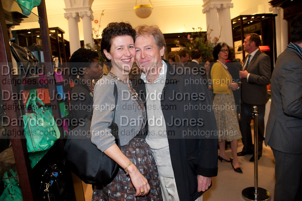 MELANIE CLORE; JOHN PAWSON, Smythson Royal Wedding exhibition preview. Smythson together with Janice Blackburn has commisioned 5 artist designers to create their own interpretations of  Royal wedding memorabilia. Smythson. New Bond St. London. 5 April 2011.  -DO NOT ARCHIVE-© Copyright Photograph by Dafydd Jones. 248 Clapham Rd. London SW9 0PZ. Tel 0207 820 0771. www.dafjones.com.