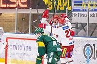2020-03-10   Umeå, Sverige:Modo (15) Adam Tambellini reducerar till 3-2 under matchen i HA Finalserien mellan Björklöven och MoDo i A3 Arena ( Foto av: Michael Lundström   Swe Press Photo )<br /> <br /> Nyckelord: Umeå, Hockey, HA Finalserien, A3 Arena, Björklöven, MoDo, mlbm200310, jubel jublande glad glädje lycka, gratuleras av lagmedlemmar