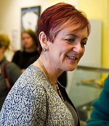 Pictured: Angela Constance, Communities Secretary<br /> Today Communities Secretary  Angela Constance visited Dr Bells family centre, where she met staff and volunteers ahead of the first Tackling Child Poverty Delivery Plan being published.<br /> <br /> <br /> Ger Harley | EEm 29 March 2018