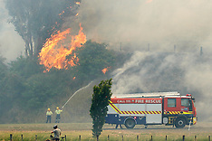 Napier-Fire crews at a vegetation fire on the outskirts of the city