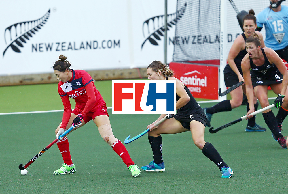 New Zealand, Auckland - 18/11/17  <br /> Sentinel Homes Women&rsquo;s Hockey World League Final<br /> Harbour Hockey Stadium<br /> Copyrigth: Worldsportpics, Rodrigo Jaramillo<br /> Match ID: 10295 - NZL vs KOR<br /> Photo: (5) DAVIES Frances