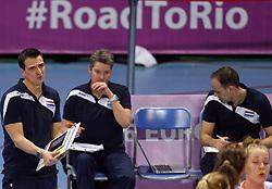 04-01-2016 TUR: European Olympic Qualification Tournament Nederland - Duitsland, Ankara <br /> De Nederlandse volleybalvrouwen hebben de eerste wedstrijd van het olympisch kwalificatietoernooi in Ankara niet kunnen winnen. Duitsland was met 3-2 te sterk (28-26, 22-25, 22-25, 25-20, 11-15) / Road to Rio is weer iets verder weg voor Coach Giovanni Guidetti en Assistent Coach Saskia van Hintum