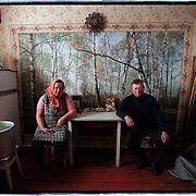 05-03-1996-Oekraine, Tsjernobyl. Returnees in hun huis in de verboden zone bij de centrale.<br />Foto: Sake Elzinga/Hollandse Hoogte