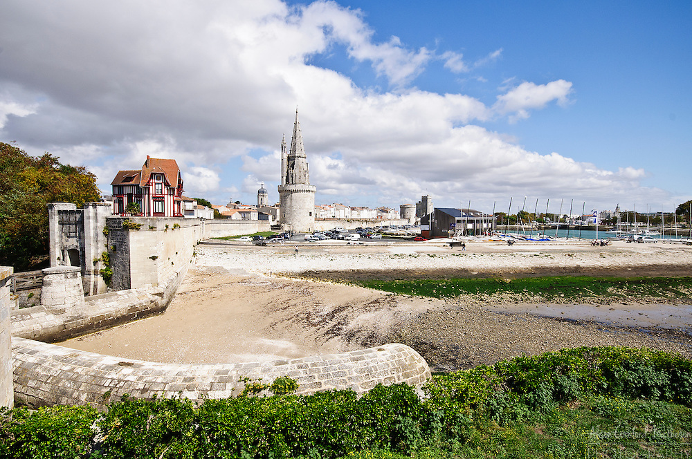 La Porte des deux-moulins (door of two mills) is part of the city wall of La Rochelle, France