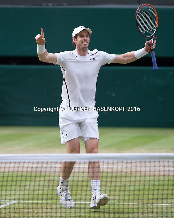 ANDY MURRAY (GBR) jubelt nach seinem Sieg, Matchball. Herren Endspiel, Finale,<br /> <br /> Tennis - Wimbledon 2016 - Grand Slam ITF / ATP / WTA -  AELTC - London -  - Great Britain  - 10 July 2016.