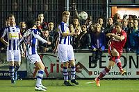 LIENDEN - 21-09-2016, FC Lienden - AZ, Sportpark de Abdijhof, Lienden speler Jordie Van der Laan (2vr), AZ speler Robert Muhren.