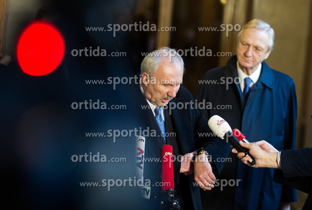 03.12.2015, Parlament, Wien, AUT, Parlament, Untersuchungsausschuss zur Klärung des Hypo Alpe Adria Finanzdebakels. im Bild OeNB- Gouverneur Ewald Nowotny // Governor of the National Bank of Austria Ewald Nowotny during meeting of parliamentary enquiry committee according to financial disaster of the Hypo Alpe Adria bank at austrian parliament in Vienna, Austria on 2015/12/03, EXPA Pictures © 2015, PhotoCredit: EXPA/ Michael Gruber