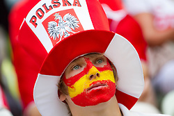 10-06-2012 VOETBAL: UEFA EURO 2012 DAY 3: POLEN OEKRAINE<br /> Fan of Spain and Poland during the UEFA EURO 2012 group C match between Spain and Italy at The Arena Gdansk<br /> ***NETHERLANDS ONLY***<br /> ©2012-FotoHoogendoorn.nl