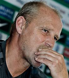 05.07.2010, Platz 5, Bremen, GER, Training Werder Bremen 1. FBL im Bild Thomas Schaaf ( Werder  - Trainer  COACH)    EXPA Pictures © 2010, PhotoCredit: EXPA/ nph/  Kokenge / SPORTIDA PHOTO AGENCY