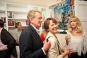 SIR CHRISTOPHER MEYER; LADY MEYER; BASIA BRIGGS, Drinks party hosted by Basia Briggs. Sloane Gdns. London. 24 May 2010. -DO NOT ARCHIVE-© Copyright Photograph by Dafydd Jones. 248 Clapham Rd. London SW9 0PZ. Tel 0207 820 0771. www.dafjones.com.