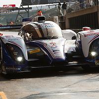 #8 Toyota TS030 - Hybrid, Toyota Racing, drivers: Davidson, Buemi, Sarrazin, FIA WEC 6h 2013 of Silverstone