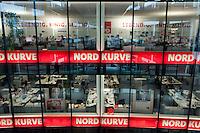 "03 AUG 2009, BERLIN/GERMANY:<br /> Wahlkapfzentrale / Kampa der SPD fuer die Bundestagswahl 2009 ""Nordkurve"", Willy-Brandt-Haus<br /> IMAGE: 20090803-01-005<br /> KEYWORDS: Wahlkampf. Buero"