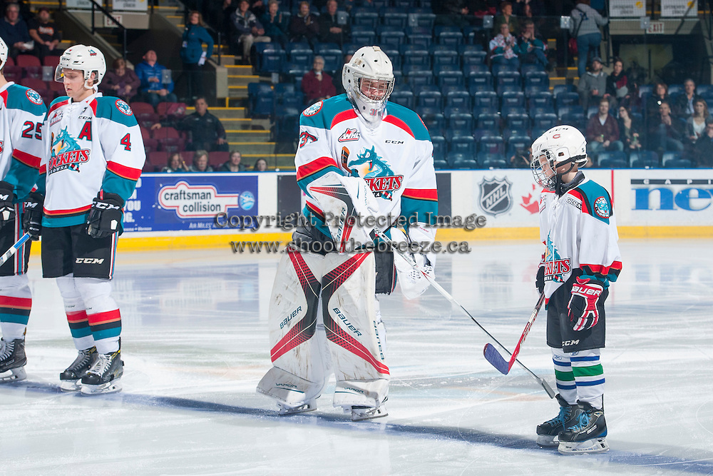 KELOWNA, CANADA - FEBRUARY 22: The Pepsi Save On Foods Player of the game lines up on the blue line net to Brodan Salmond #31 of the Kelowna Rockets against the Edmonton Oil Kings on February 22, 2017 at Prospera Place in Kelowna, British Columbia, Canada.  (Photo by Marissa Baecker/Shoot the Breeze)  *** Local Caption ***