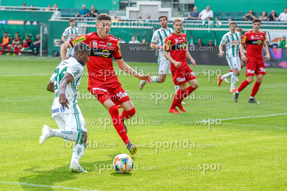25.05.2019, Allianz Stadion, Wien, AUT, 1. FBL, SK Rapid Wien vs Cashpoint SCR Altach, Qualifikationsgruppe, 32. Spieltag, im Bild v.l. Kelvin Arase (Rapid Wien), Emir Karic (SCR Altach) // during the tipico Bundesliga qualification group 32nd round match between SK Rapid Wien and Cashpoint SCR Altach at the Allianz Stadion in Wien, Austria on 2019/05/25. EXPA Pictures © 2019, PhotoCredit: EXPA/ Lukas Huter