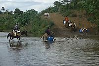 Crossing Rio Soco.