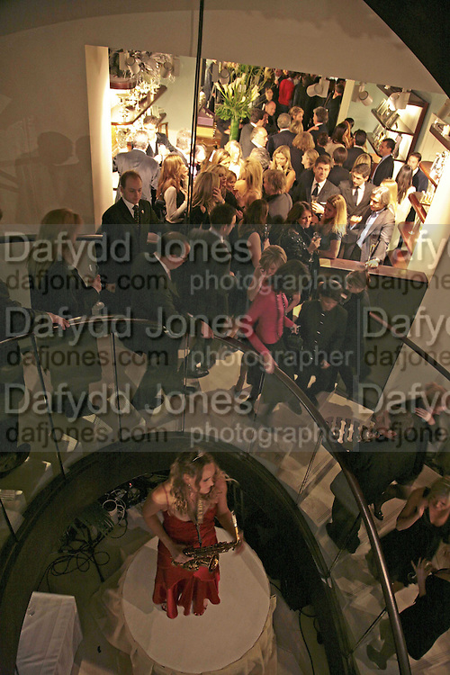 THE CHRISTMAS PARTY CELEBRATING THE 225TH ANNIVERSARY OF ASPREY. 167 NEW BOND ST. LONDON W1. 7 DECEMBER 2006. ONE TIME USE ONLY - DO NOT ARCHIVE  © Copyright Photograph by Dafydd Jones 248 CLAPHAM PARK RD. LONDON SW90PZ.  Tel 020 7733 0108 www.dafjones.com