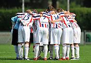 30-08-2008 VOETBAL:AUDAX JEUGDTOERNOOI 2008:TILBURG<br /> De spelers van Willem II bij elkaar<br /> Foto: Geert van Erven