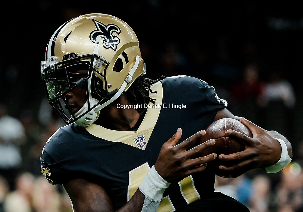 Nov 19, 2017; New Orleans, LA, USA; New Orleans Saints running back Alvin Kamara (41) against the Washington Redskins before a game at the Mercedes-Benz Superdome. Mandatory Credit: Derick E. Hingle-USA TODAY Sports