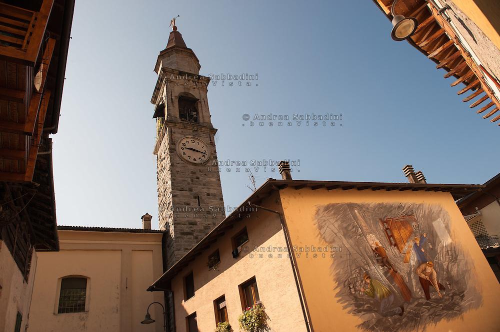 Darzo (Trento), 25/05/2016: Murales ricorda la storia della miniera di barite.<br /> &copy; Andrea Sabbadini