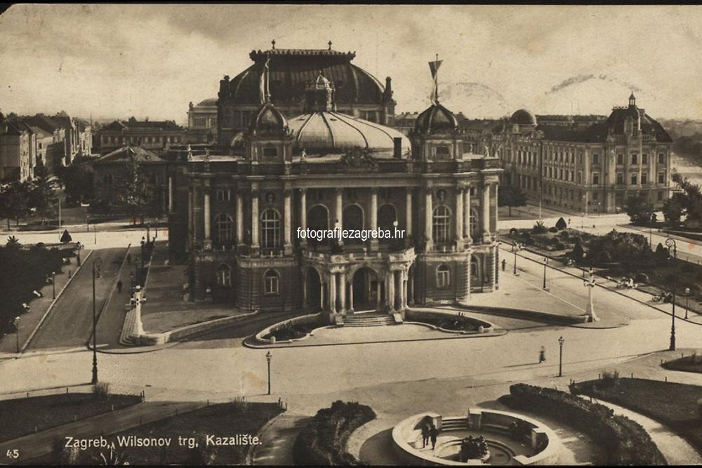 Zagreb : Wilsonov trg, Kazalište. <br /> <br /> ImpresumZagreb : Naklada S. Marković, [1925].<br /> Materijalni opis1 razglednica : tisak ; 8,5 x 13,5 cm.<br /> NakladnikNaklada S. Marković<br /> Vrstavizualna građa • razglednice<br /> ZbirkaGrafička zbirka NSK • Zbirka razglednica<br /> ProjektPozdrav iz Hrvatske • Pozdrav iz Zagreba<br /> PredmetZagreb –– Trg Republike Hrvatske<br /> Hrvatsko narodno kazalište (Zagreb)<br /> SignaturaRZG-TMT-6<br /> Obuhvat(vremenski)20. stoljeće<br /> NapomenaRazglednica je putovala 1925. godine.<br /> PravaJavno dobro<br /> Identifikatori000953124<br /> NBN.HRNBN: urn:nbn:hr:238:393000 <br /> <br /> Izvor: Digitalne zbirke Nacionalne i sveučilišne knjižnice u Zagrebu