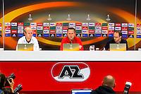 ALKMAAR - 21-10-2015, Persconferentie AZ - FC Augsburg, AFAS Stadion, AZ speler Jop van der Linden, AZ trainer John van den Brom, tolk.