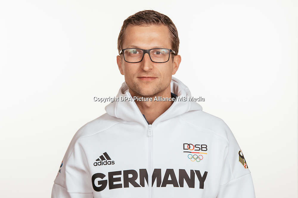 Dr. Boris Mandryka poses at a photocall during the preparations for the Olympic Games in Rio at the Emmich Cambrai Barracks in Hanover, Germany, taken on 15/07/16 | usage worldwide