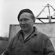 Working in the Mines, Clontibret, Co Monaghan<br /> 04/041957