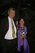 MR. AND MRS. WILLIAM SHAWCROSS, Cartier dinner in the Chelsea Physic Garden. 22 May 2006. ONE TIME USE ONLY - DO NOT ARCHIVE  © Copyright Photograph by Dafydd Jones 66 Stockwell Park Rd. London SW9 0DA Tel 020 7733 0108 www.dafjones.com