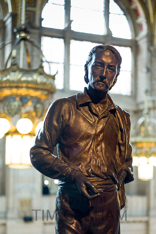 Sculpture of famous Scot the writer and poet Robert Louis Stevenson on display at Kelvingrove Art Gallery and Museum in Glasgow, Scotland